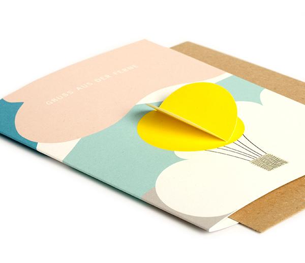 klappkarte-heissluftballon-gruss-aus-der-ferne-tablet